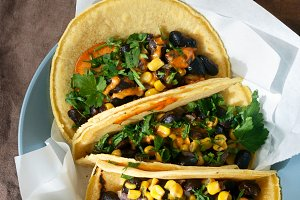 Top view vegetarian tacos