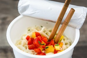 Take away noodles with vegetables