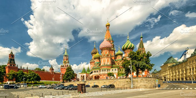 St. Basil`s Cathedral in Moscow - Architecture