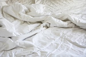 wrinkle messy blanket in bedroom