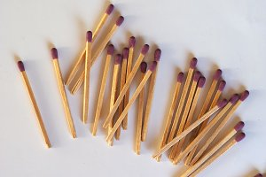 matches sticks for lighting fires