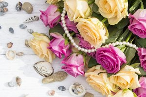 Roses, seashells and pearls