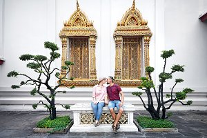 Couple of tourist in the Wat Pho