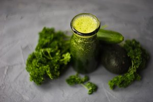 Organic green smoothie concept