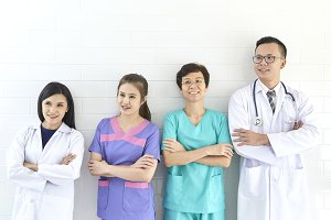 Asian doctor and nurse group meeting