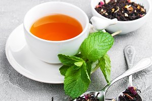 Black tea with  mint