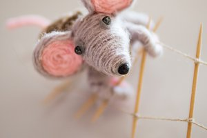 mouse toy made of threads