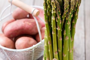 Green asparagus, healthy cooking