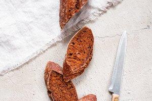 Cutting rye bread