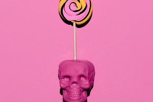 Skull and Lollipop. Candy pink mood