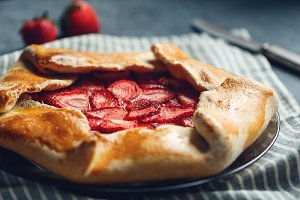 Open sweet pie galette
