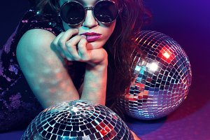 disco party woman