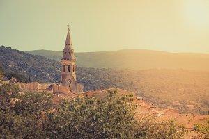 Saint Saturnin d Apt, Provence