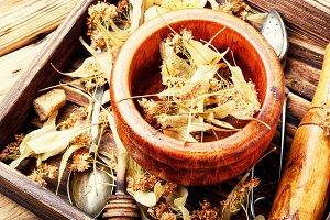 Dry linden leaf