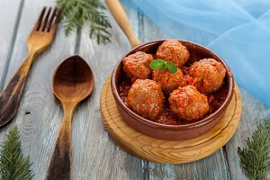 Meatballs with tomato