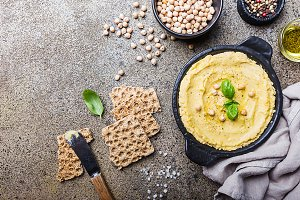 Healthy Homemade Creamy Hummus