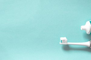 Toothbrush and tube with toothpaste