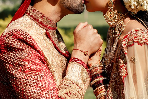 Delightful kiss of gorgeous Indian