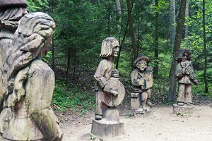 Wood carving art sculptures