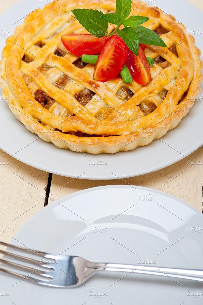 beef pie 001.jpg - Food & Drink