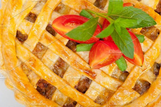 beef pie 003.jpg - Food & Drink
