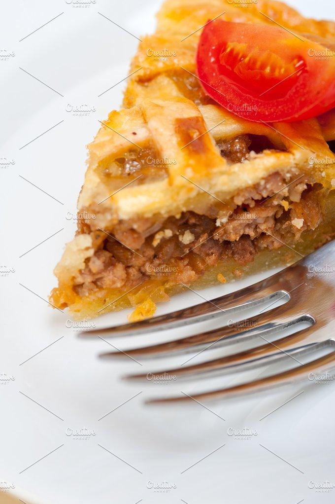 beef pie tart 051.jpg - Food & Drink