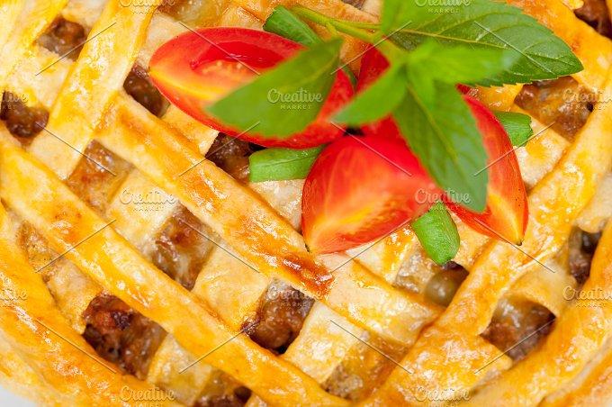 beef pie 004.jpg - Food & Drink