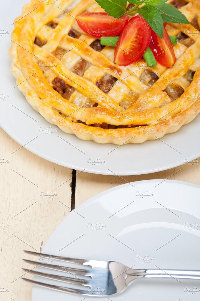 beef pie 007.jpg - Food & Drink