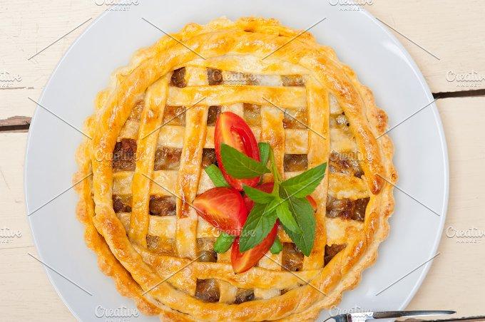 beef pie 012.jpg - Food & Drink