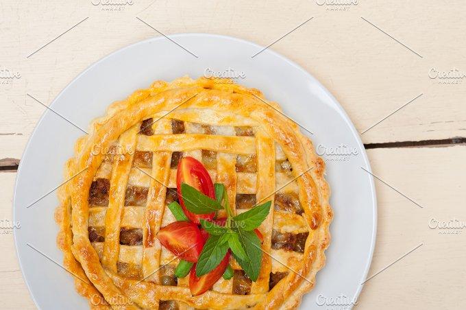 beef pie 013.jpg - Food & Drink