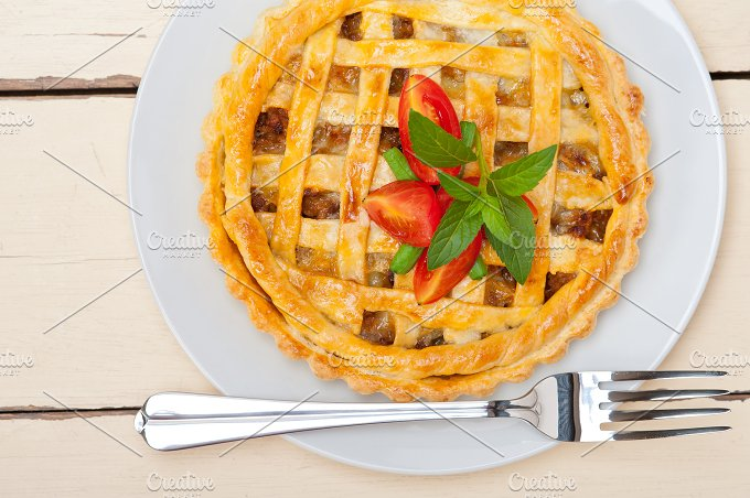 beef pie 014.jpg - Food & Drink