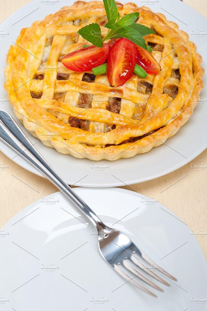 beef pie 023.jpg - Food & Drink