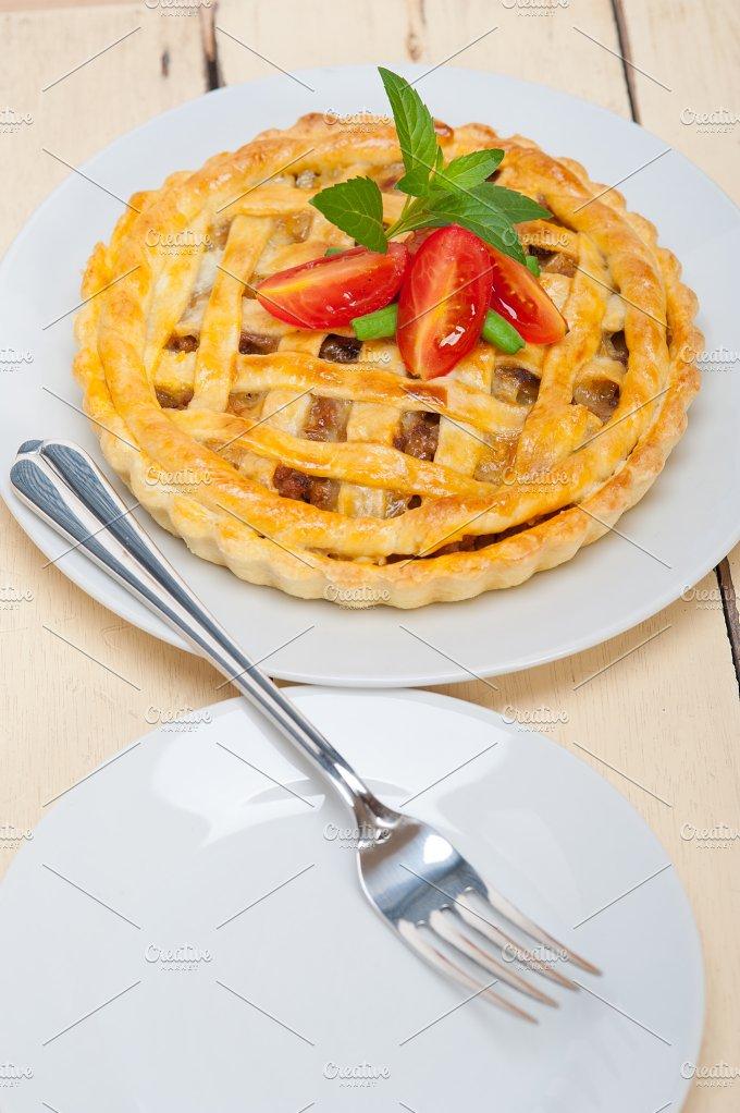 beef pie 024.jpg - Food & Drink