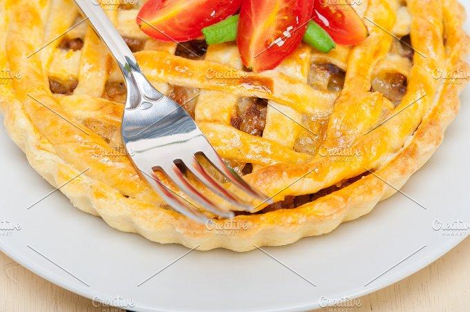beef pie 030.jpg - Food & Drink