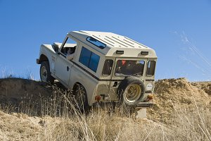 4x4 extreme driving.