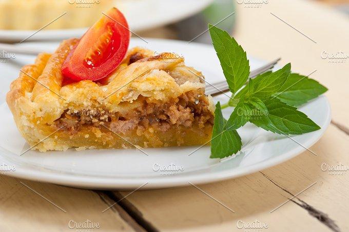 beef pie tart 011.jpg - Food & Drink