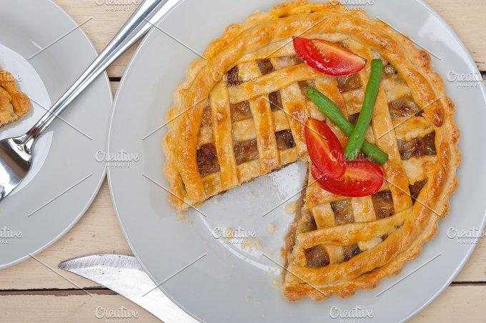 beef pie tart 013.jpg - Food & Drink