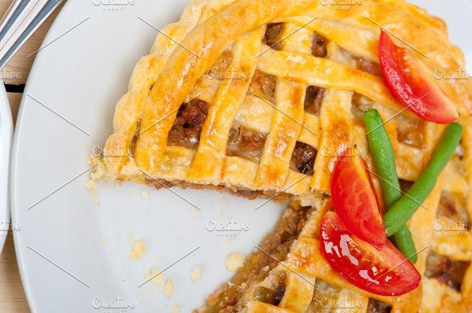 beef pie tart 034.jpg - Food & Drink