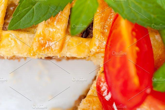 beef pie tart 046.jpg - Food & Drink