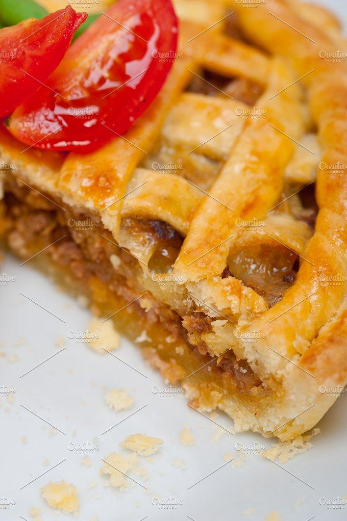 beef pie tart 044.jpg - Food & Drink