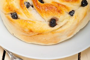 blueberry bread cake JPG001.jpg