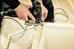 Electric sawing