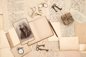 Vintage accessories and letters