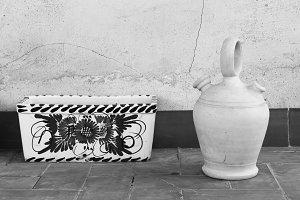 Eathenware Pitcher with Flowerpot