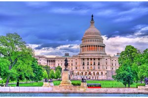 The United States Capitol Building with the Ulysses S. Grant memorial. Washington, DC