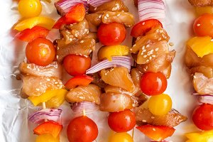 Chicken skewers with cherry tomato