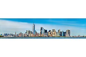 Skyline of Manhattan in New York City, USA
