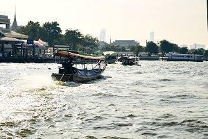 Thai boat, Wat Arun, Bangkok, Thailandia