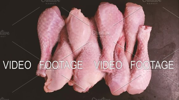 The Process Of Defrosting Chicken Drumsticks In The Timelapse