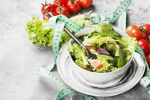 Dietary mixed greens salad